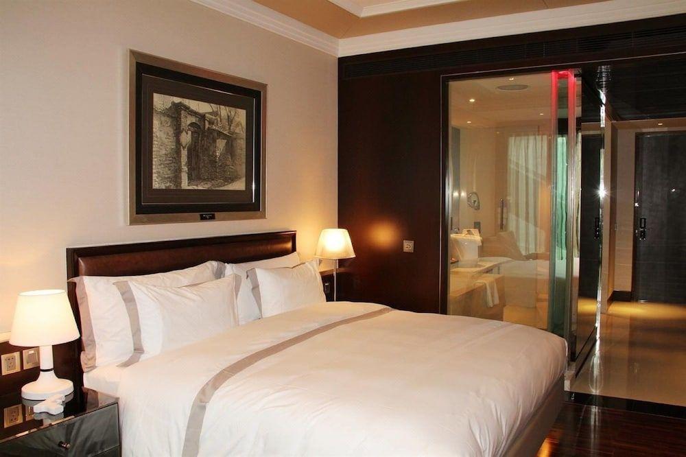 10.ホテル エクラ北京