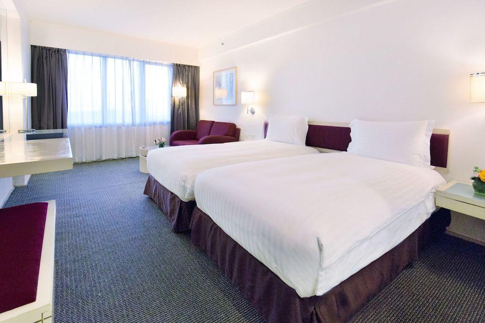 1.リーガル エアポート ホテル (香港富豪机場酒店)