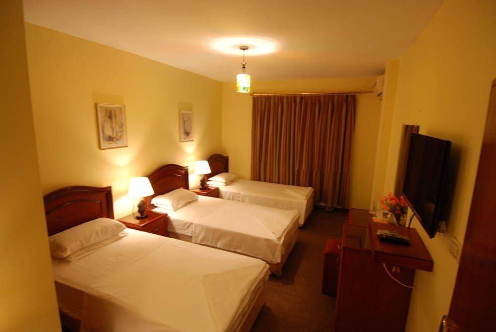 3.アル ラシッド ホテル