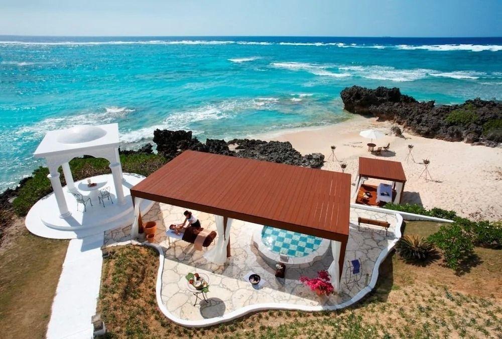 与論島のおすすめホテルとホステル、ペンション7選 海一望の宿も!