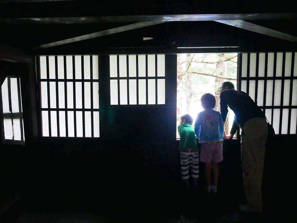 2日目10:00 越中五箇山の岩瀬家で、300年の歴史に触れる