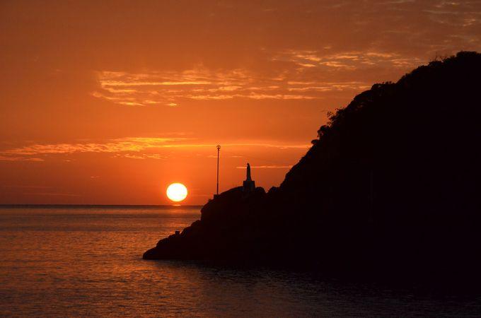 水平線に沈む夕陽を堪能!「天草夕陽八景」