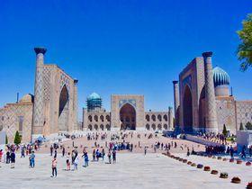 今話題のウズベキスタンってどんなところ?美しき青の世界へと誘う観光スポットと旅行情報を解説