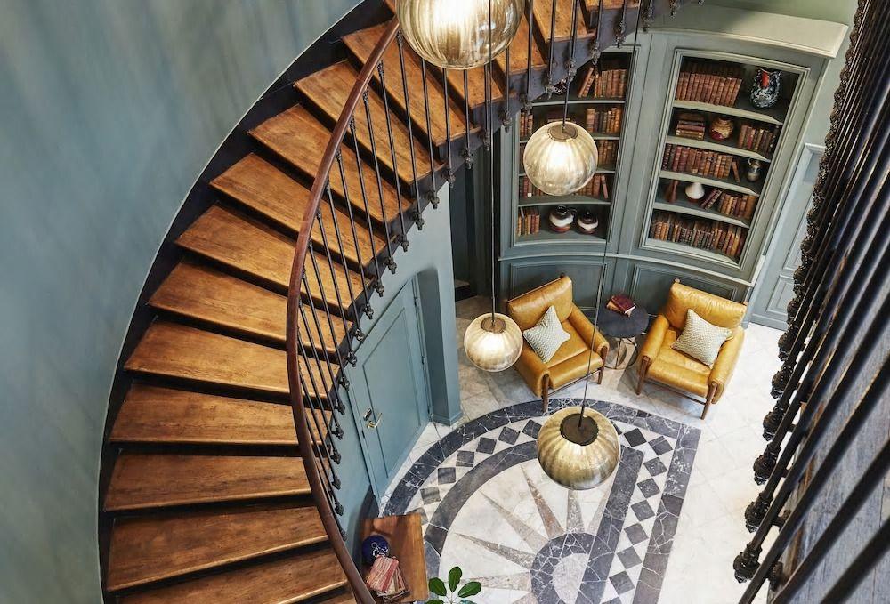 パリのおすすめデザイナーズホテル9選!芸術の都でおしゃれに滞在