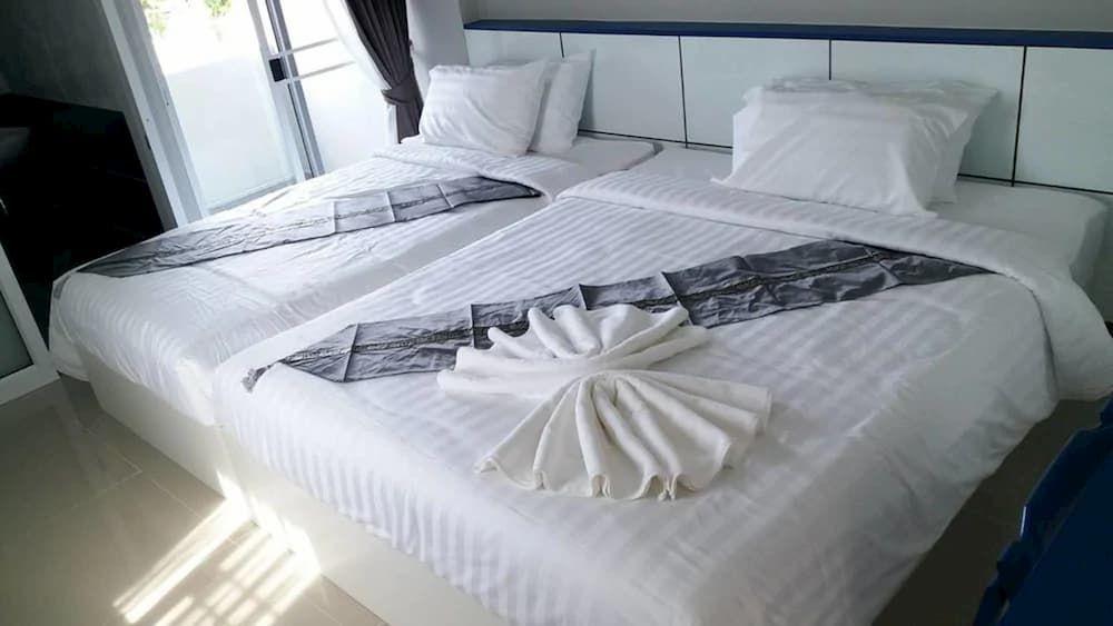 9.In Trust Apartel