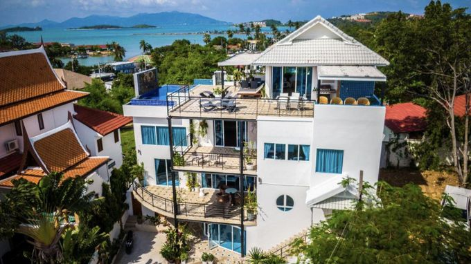 4.Celebrity Ocean View Villa