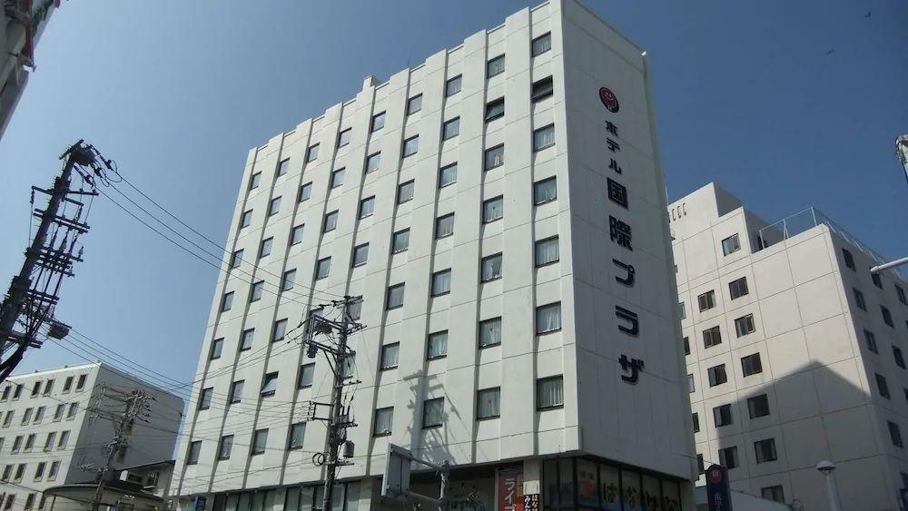 3.ホテル国際プラザ
