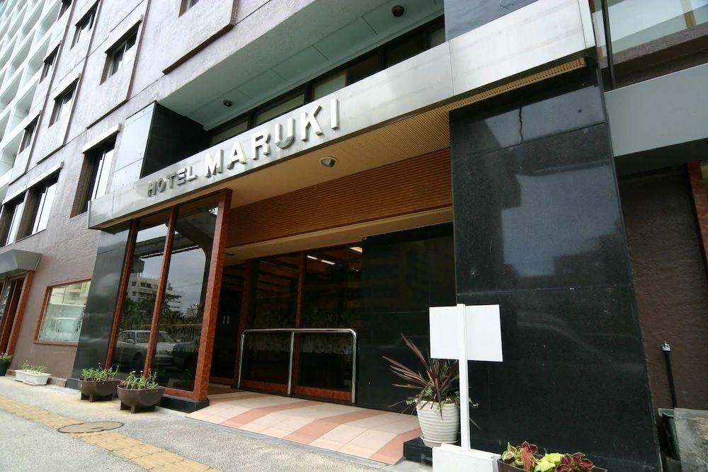 1.HOTEL MARUKI
