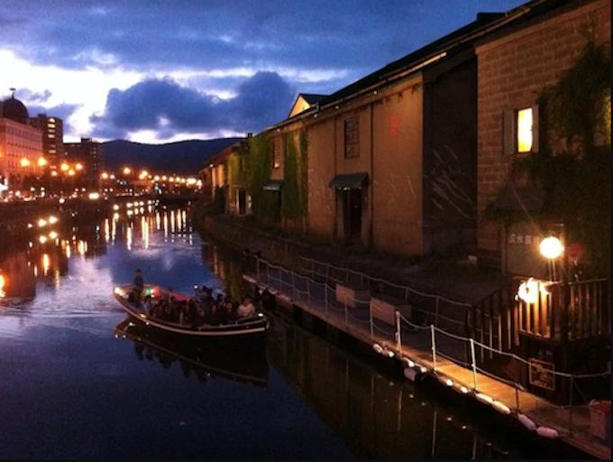 1.小樽運河のナイトクルーズ