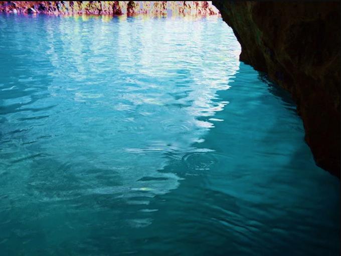 2.青の洞窟ツアー