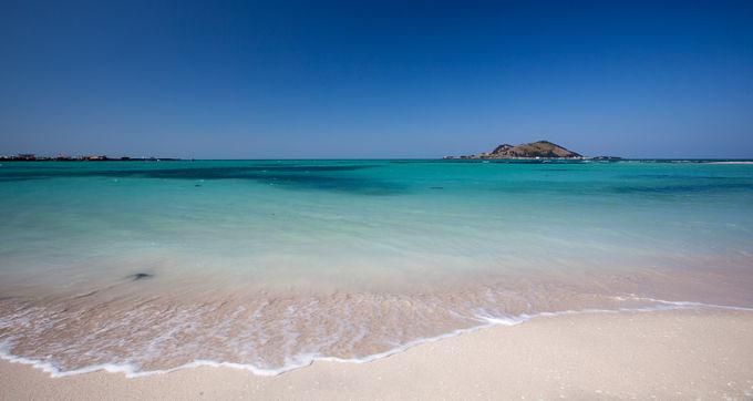 1.チェジュ島トップクラスの碧い海「ヒョプチェ・ビーチ」