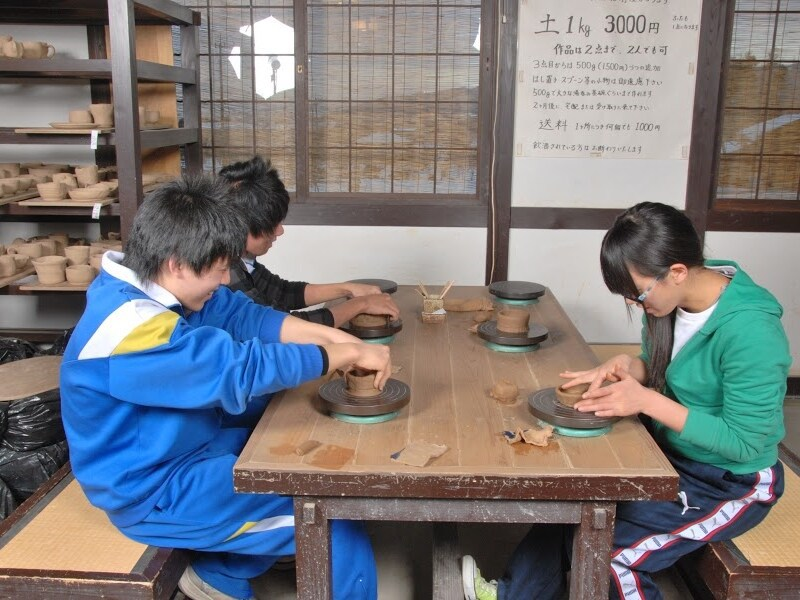 7.陶芸の家 手びねり陶芸体験