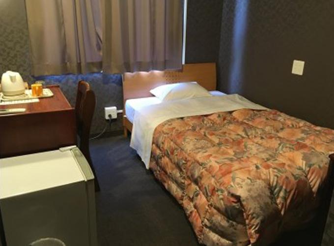 5.ホテル真田