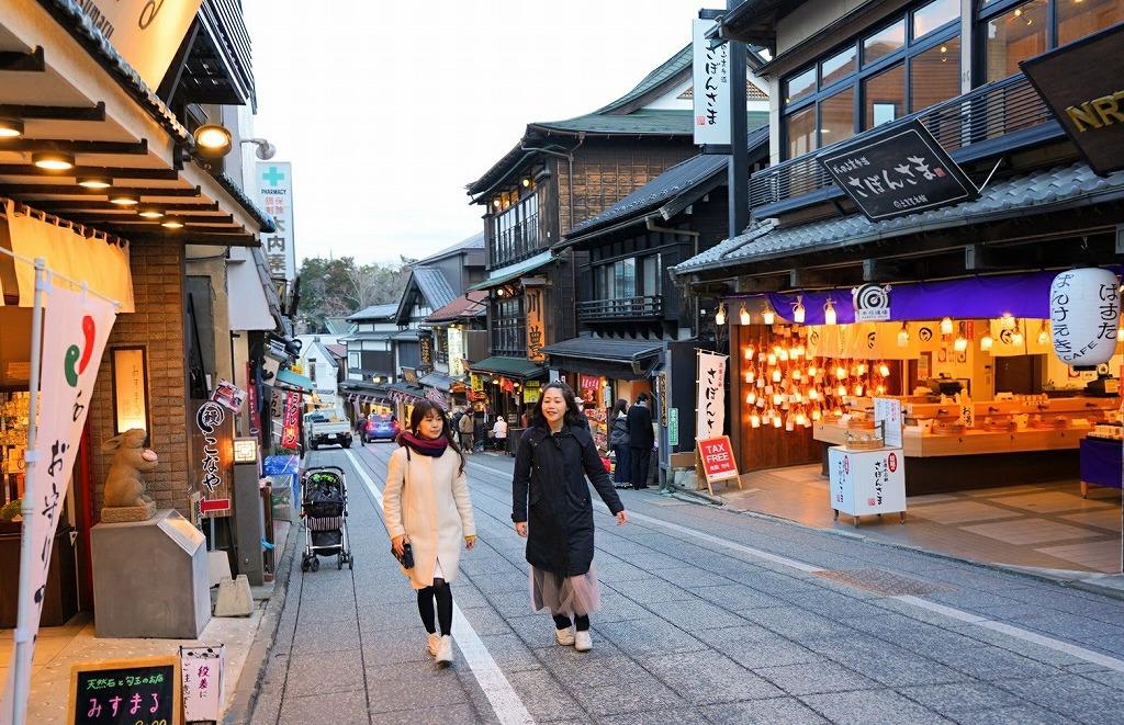 1日目夕方:成田山表参道をぶらぶら食べ歩き