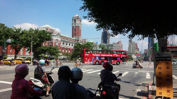 5.台北市内周遊オープントップバス/台北市