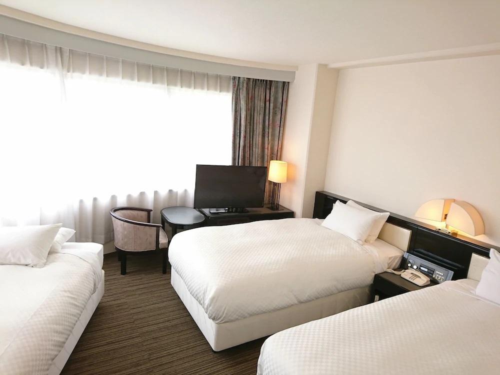 7. コートホテル広島