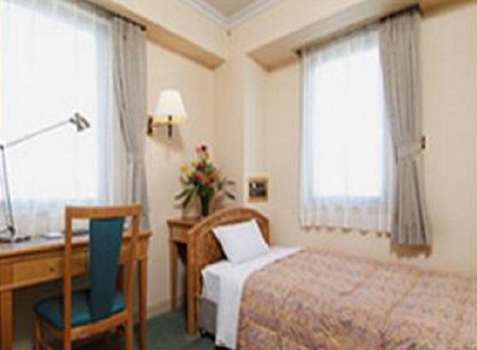 9.福山ローズガーデンホテル