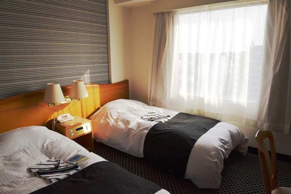 5.アパホテル〈水戸駅前〉