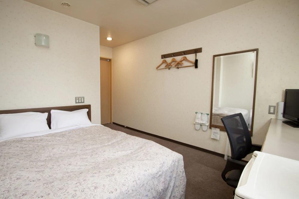 10.ワカヤマ第1冨士ホテル