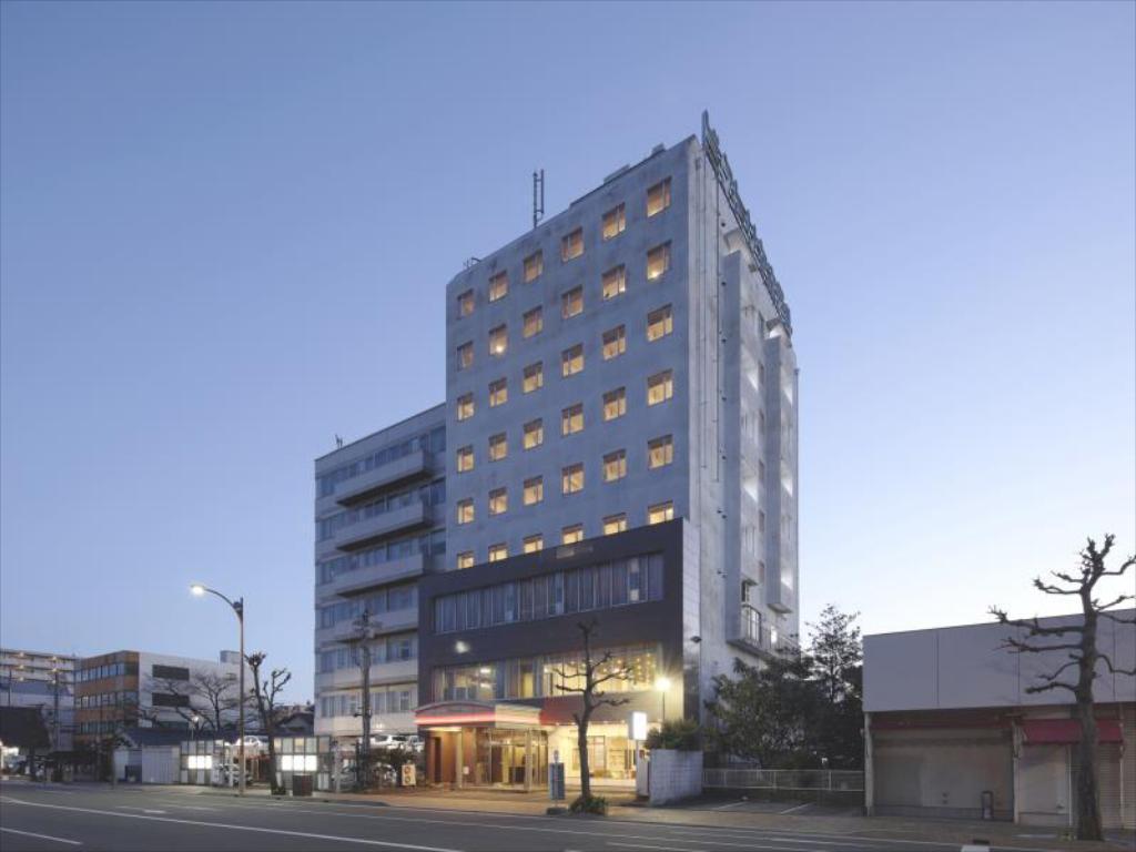 13.静岡ビクトリヤホテル