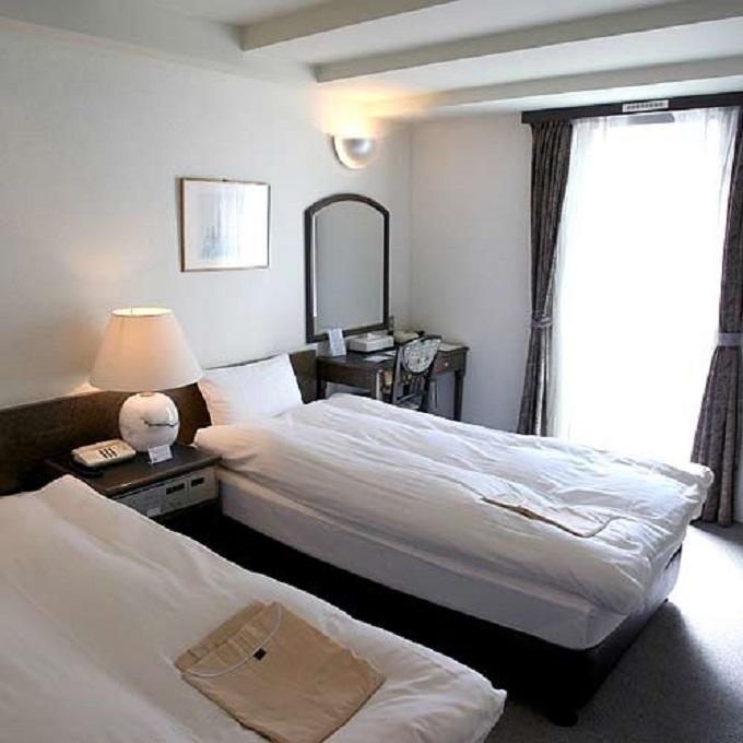 3.神戸北の坂ホテル