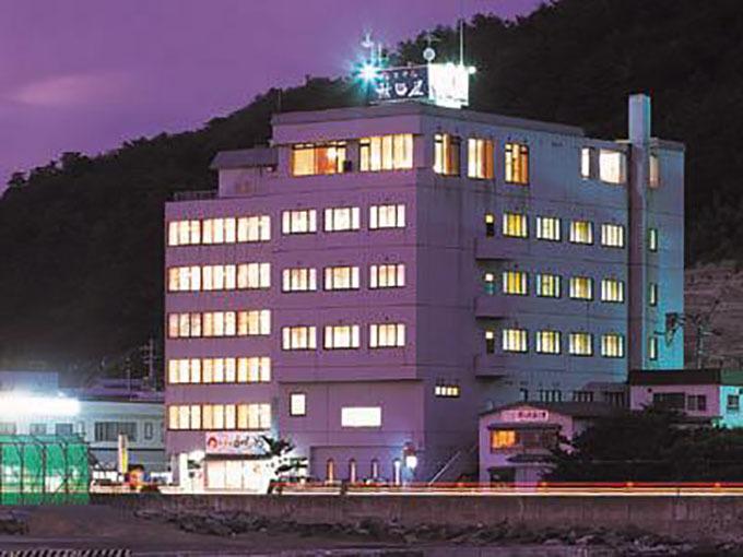 6.ホテル秋田屋