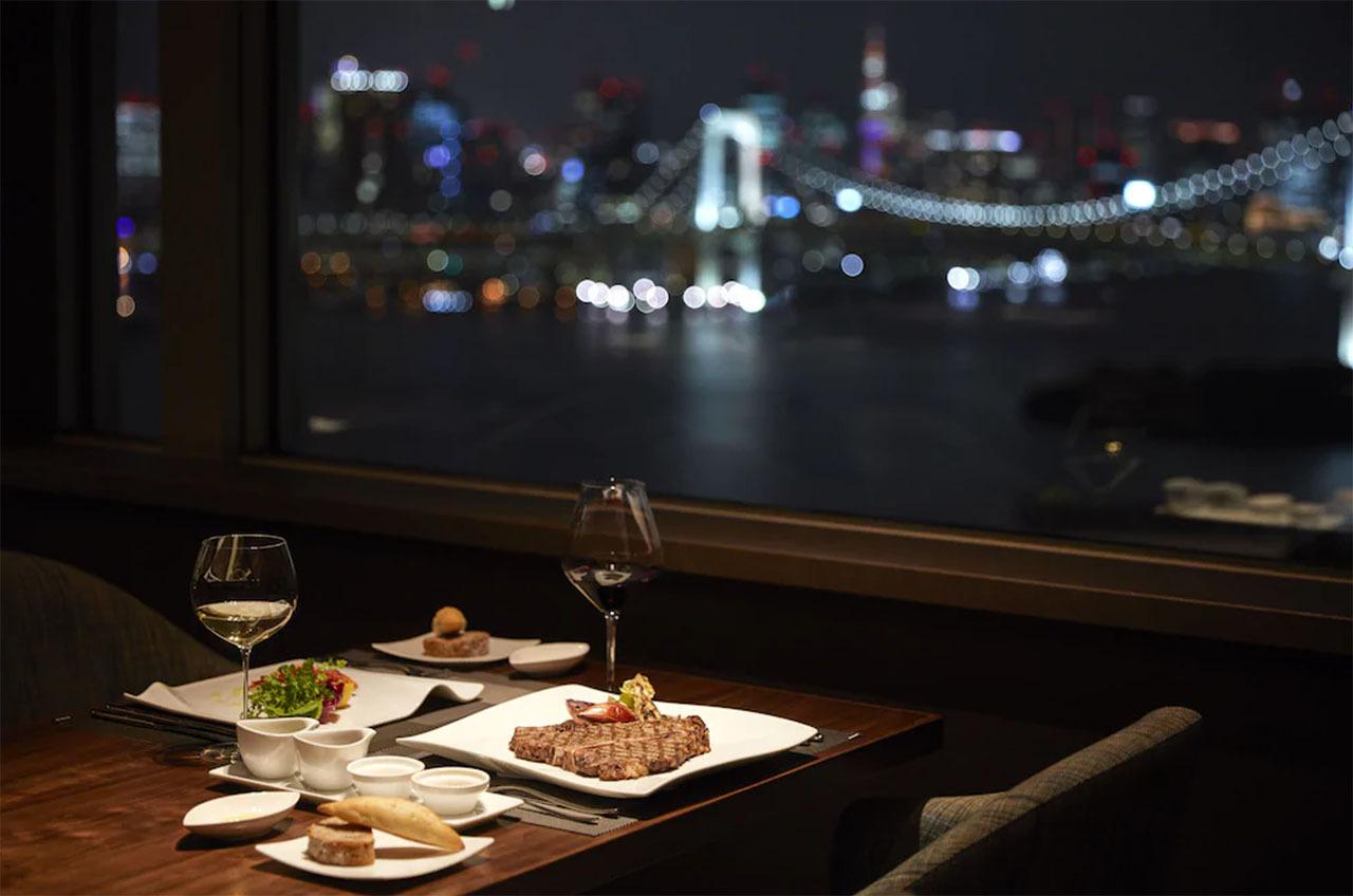 5.The Grill on 30th/グランドニッコー東京 台場
