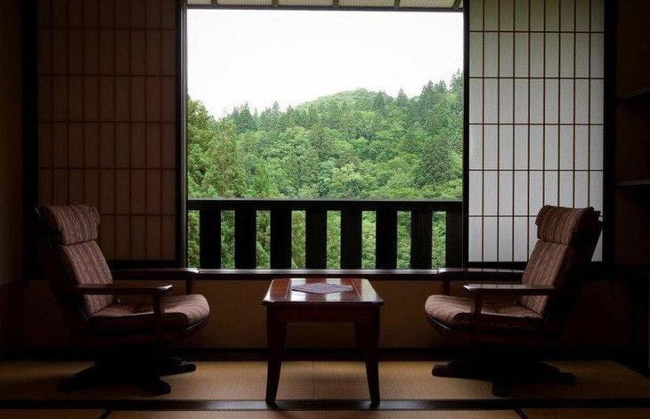 5.滝と蕎麦の宿瀧見舘