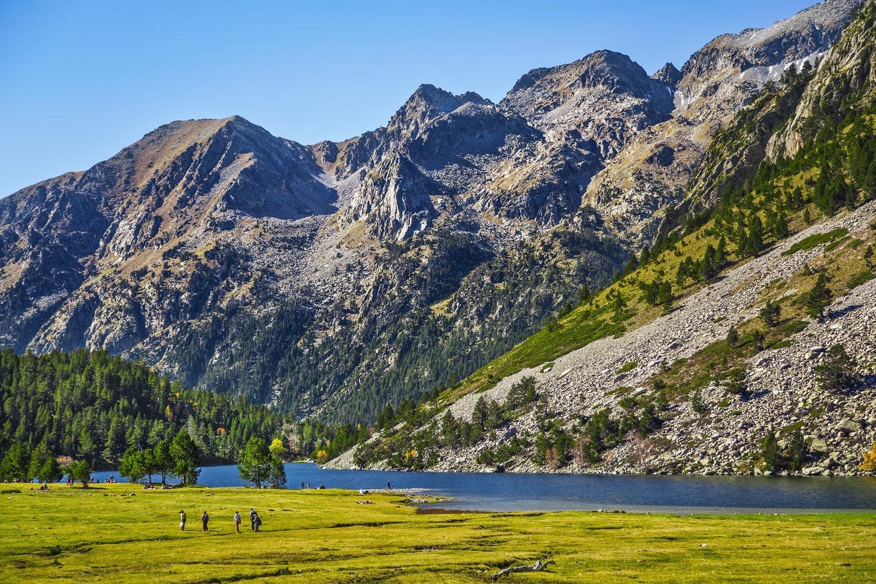 レリダ:ピレネー山脈を望むボイ渓谷で大自然を堪能!