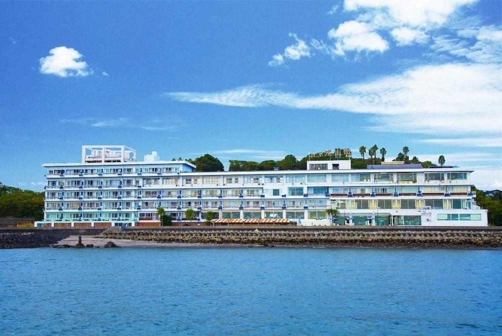 8.指宿海上ホテル