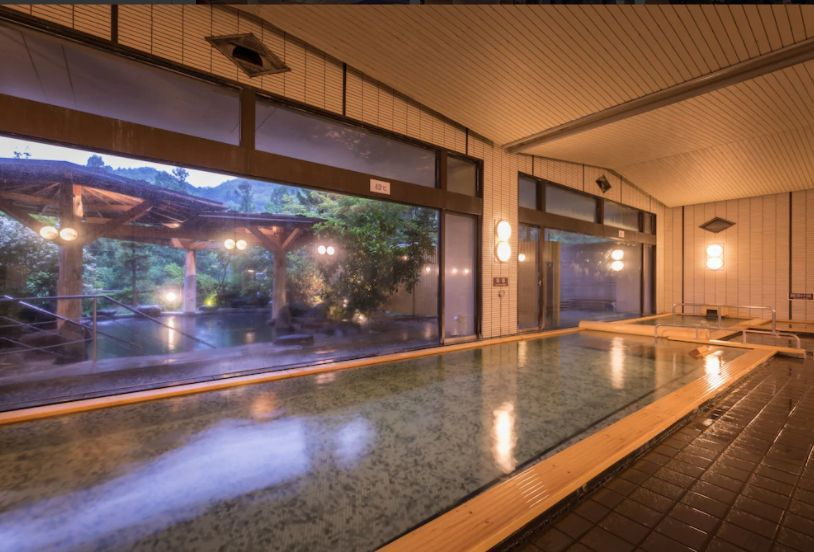 3.花巻温泉 ホテル紅葉館