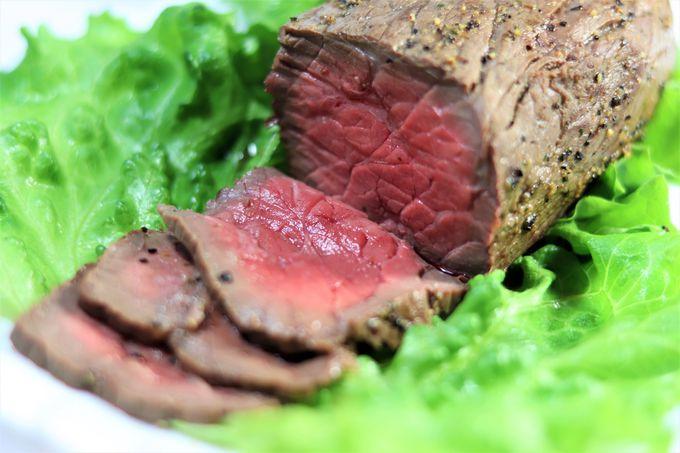 希少部位やローストビーフ…贅沢に味わおう!