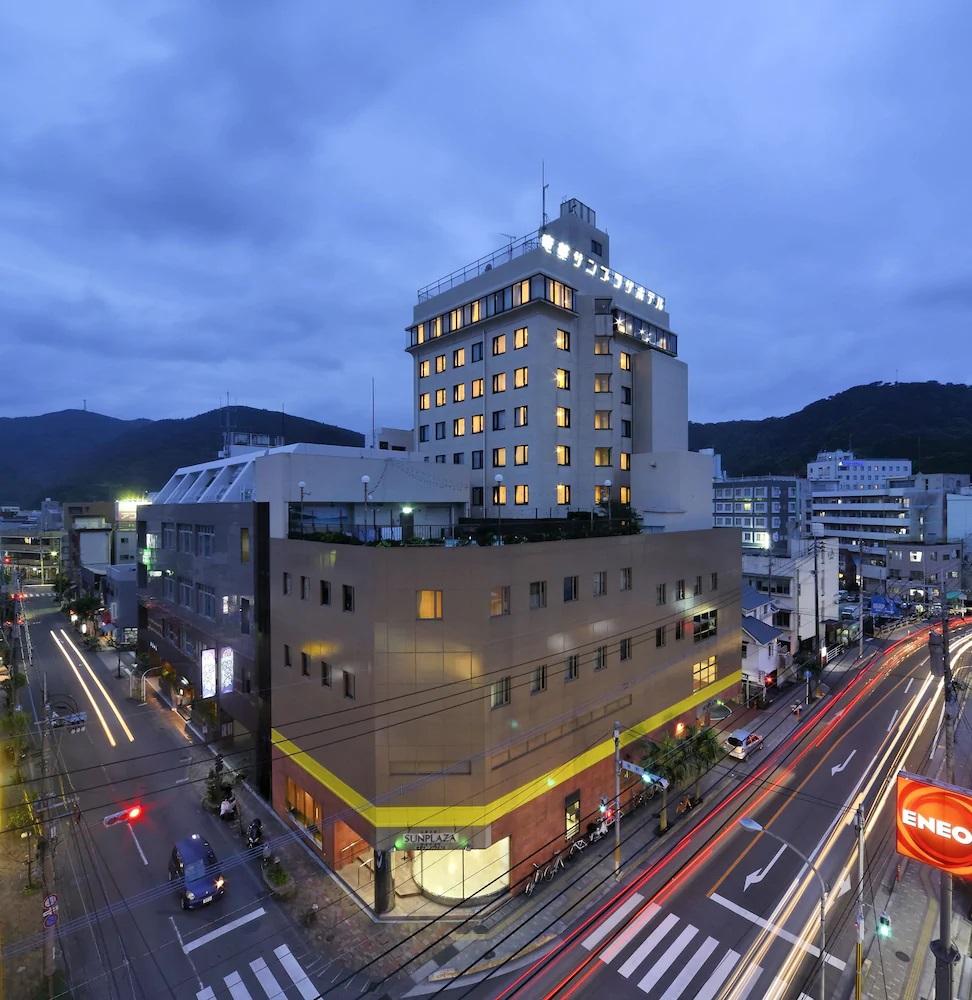 7.奄美サンプラザホテル
