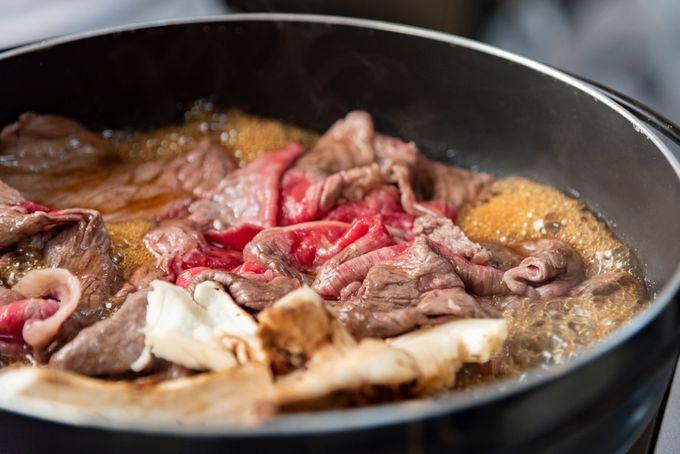 すき焼きや焼き肉で味わおう!ジューシーな黒毛和牛