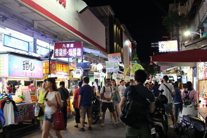 高雄の原宿「新堀江商圏」でショッピング