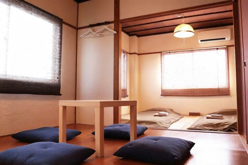 3.畳敷き和室で5名までOK!タクシーでUSJまで10分/大阪市