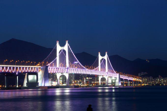 ライトアップが素敵な「広安大橋」