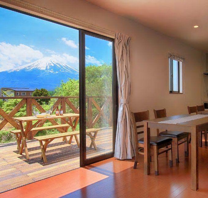 4.ウッドデッキから絶景の富士山が!/山梨・富士河口湖町