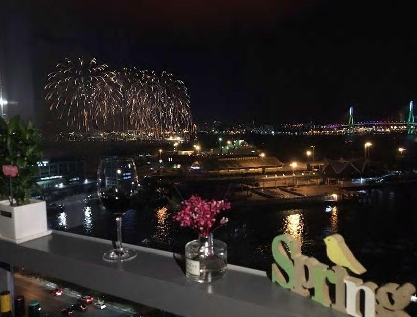 2.15階からは釜山港の絶景パノラマビューが!/釜山市