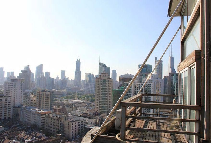 7.豫園すぐ近くのマンション最上階で眺望抜群/上海市