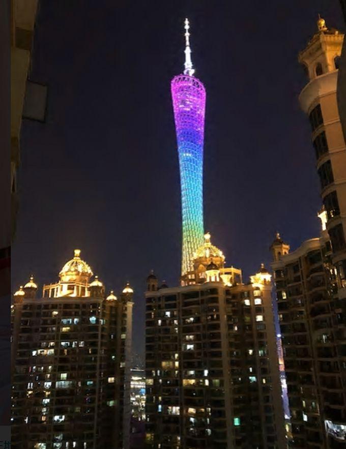5.窓からはイルミネーション輝く広州タワーが/広州市