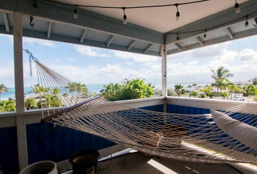9.ラナイからマウイ島の美しい海が一望、街や空港も近くに