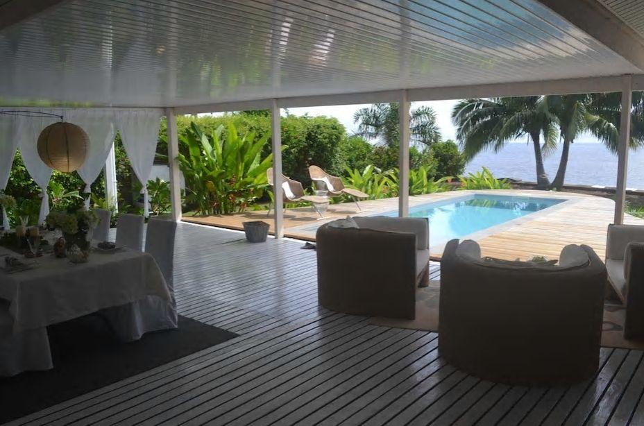8.モーレア島の海沿いにある高級リゾートのような民泊