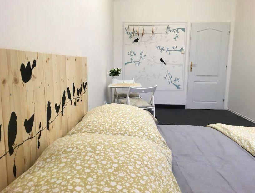 2.鳥がモチーフの可愛いデザインのお部屋