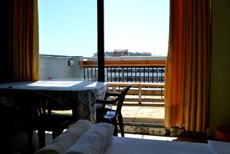 3.とにかく安く、アテネに連泊して楽しみたいという方に