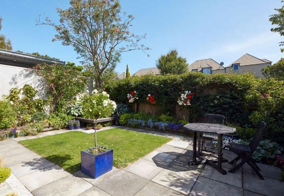 5.美しいお庭を眺めながら、暮らすように滞在