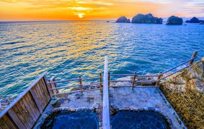 露天風呂から夕日と海の絶景を独り占め!